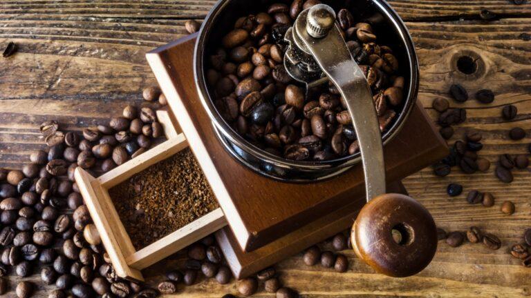 Top 13 Best Coffee Grinder For Espresso In 2021