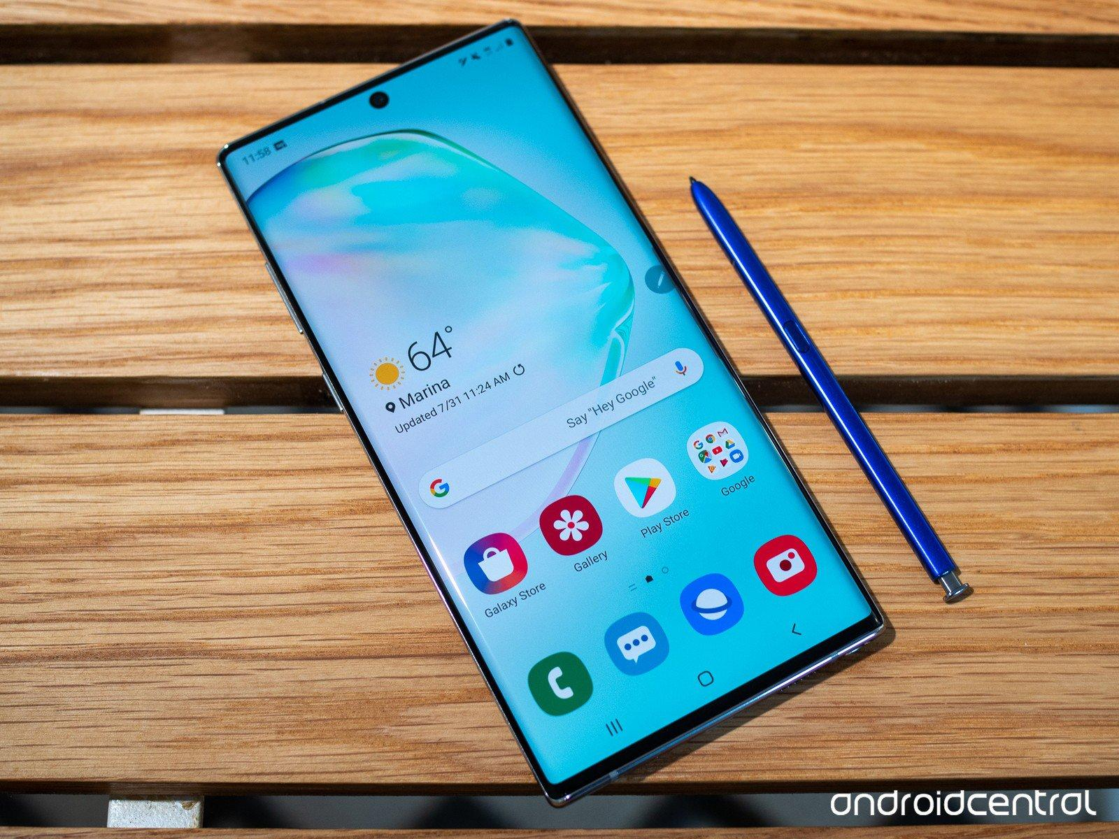 Samsung's Galaxy Note 10 has a weird feature, Review. 18