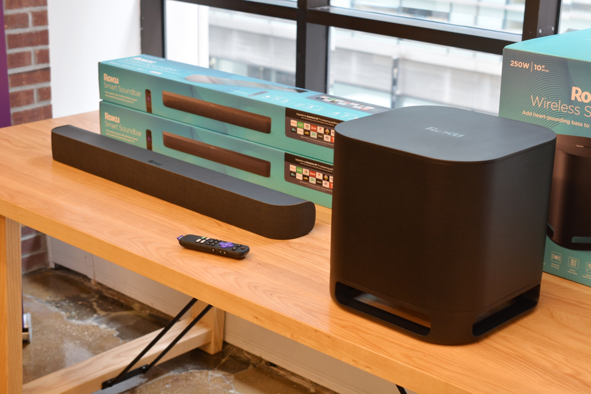 Roku Releases Its First Soundbar 7