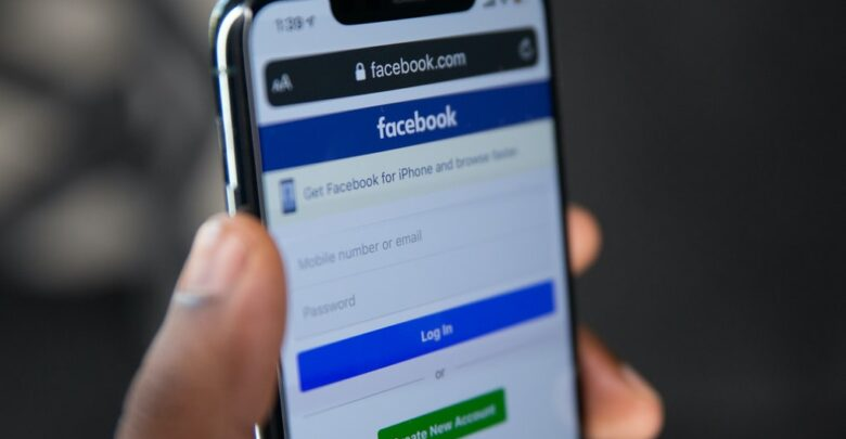 Facebook makes statements upon its most recent controversy, says no financial data, health data, or passwords were compromised 1