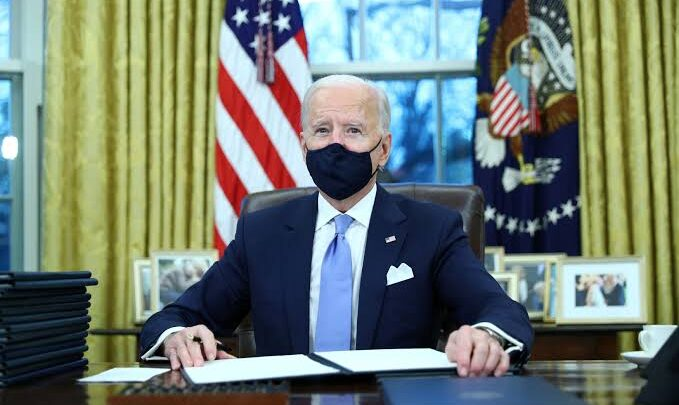 Joe Biden broadens the investment ban on Chinese tech firms 1