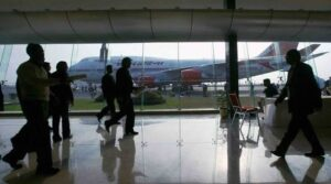 Indian airlines at the brim of another risky fiscal year, restructure plans and seek aid 2
