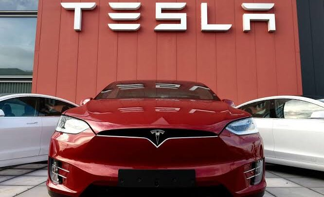 Tesla opens up positions for the senior-level executives of India. 1