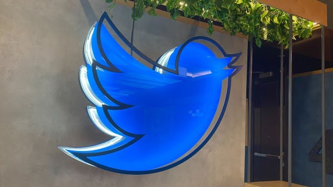 Twitter introduced a new update to curb cyberbullying. 1