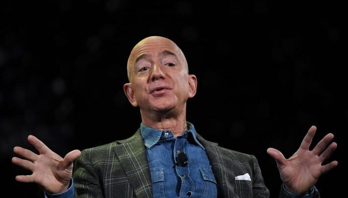 """""""Jeff Bezos"""" quits his post as a CEO of Amazon. 1"""