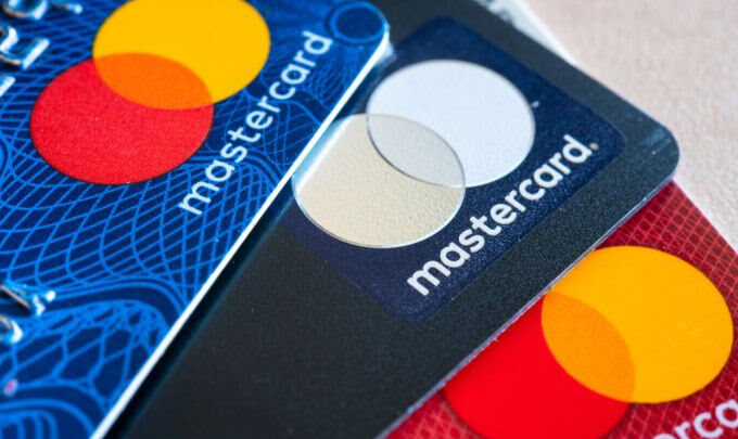 """RBI Prohibited """"Mastercard"""" issuing cards due to being non-compliant with the RBI guidelines. 1"""
