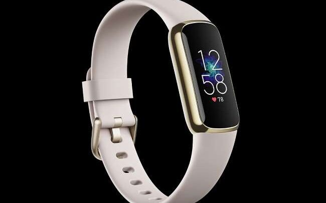 """Fitbit has brought a fantastic """"Luxe fitness tracker"""" with several amazing features 1"""
