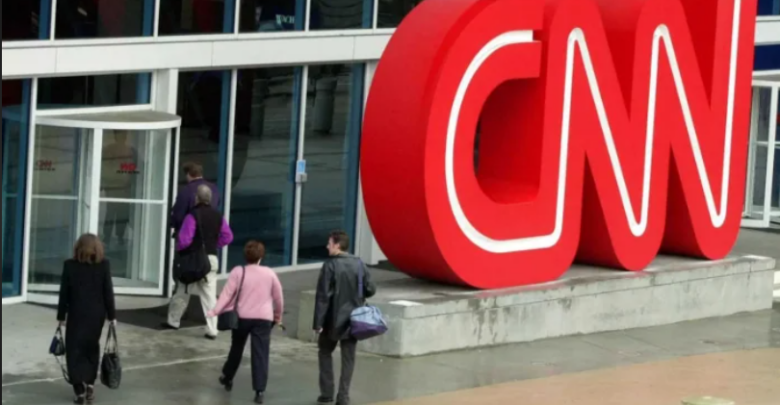 CNN withdraws from Facebook in Australia, citing the risk of defamation from public comments on posts 1
