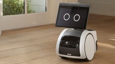 """Amazon has brought a special """"Astro"""" robot to assist people in accomplishing daily home tasks 8"""